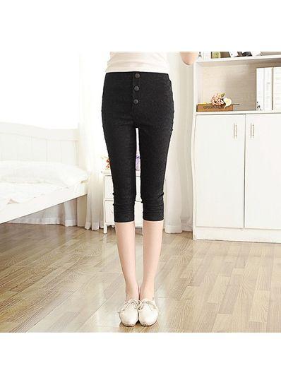 Black Solid Cotton Lace Capri Pant