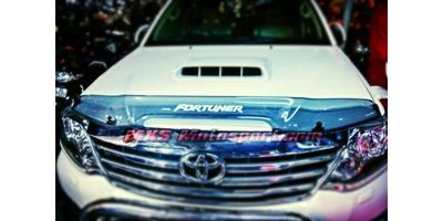 MXS2379 Toyota Fortuner Bonnet Bug Shield