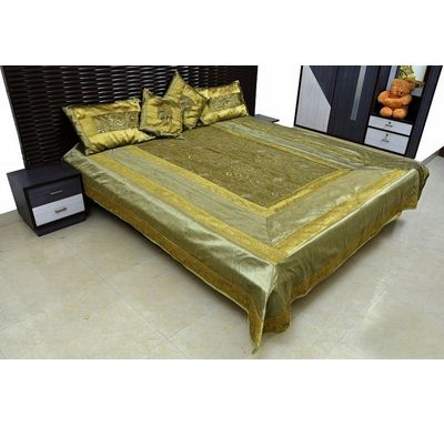 Silk Bed cover / Quilt