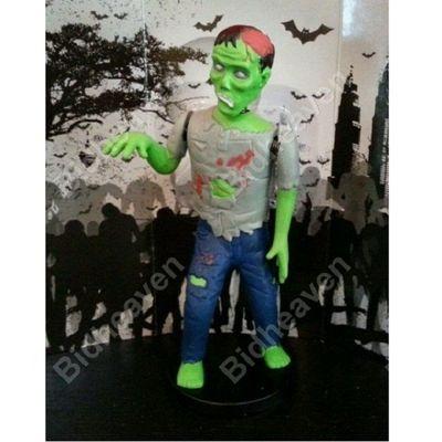 Zombie Car Dash Dashboard Bobble Head Nodder Horror Figure
