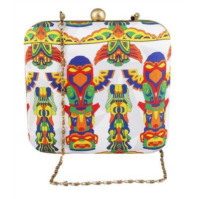 Totem box clutch