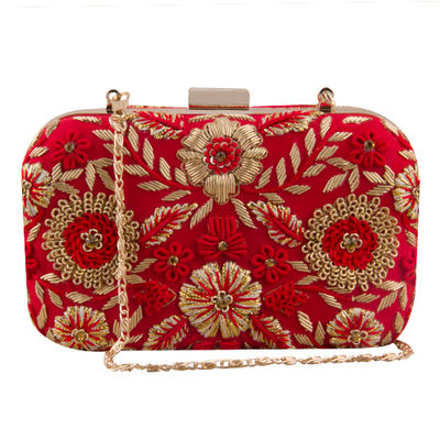 Red ringa clutch