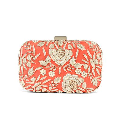 Dainty carrot red clutch