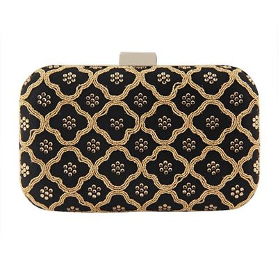 Honeycomb black clutch