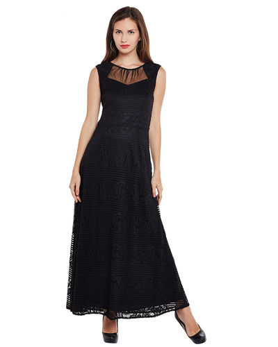 Noir Patterned Lace Maxi Dress