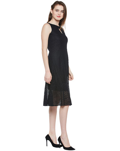 Noir Mermaid Lace Short Dress