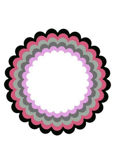 XXL Frame Scalloped Circle