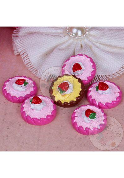 Round Dessert with Strawberry