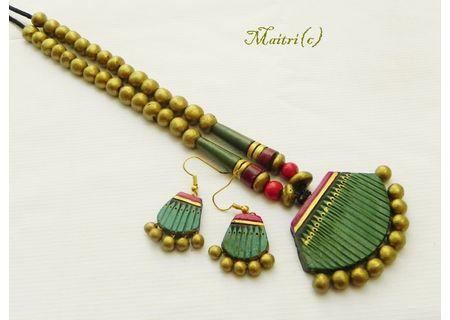 Contemporary Golden Filler Necklace 1EAJ7