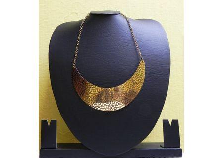 Contemporary Light Choker Necklace EAJ3