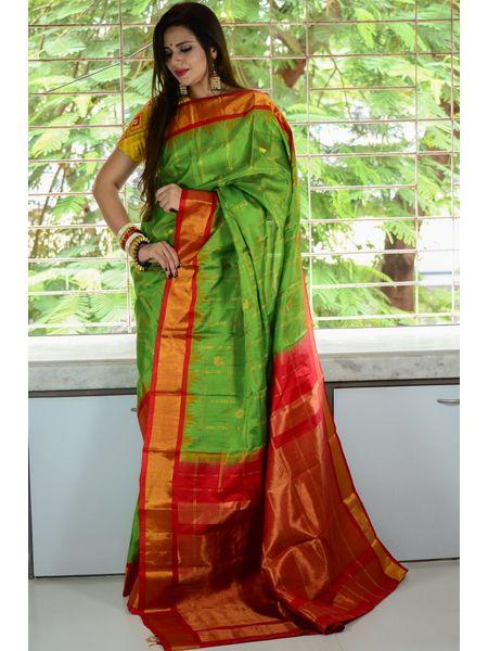 Pure Silk Gadwal / Kothakota Turning Border Saree