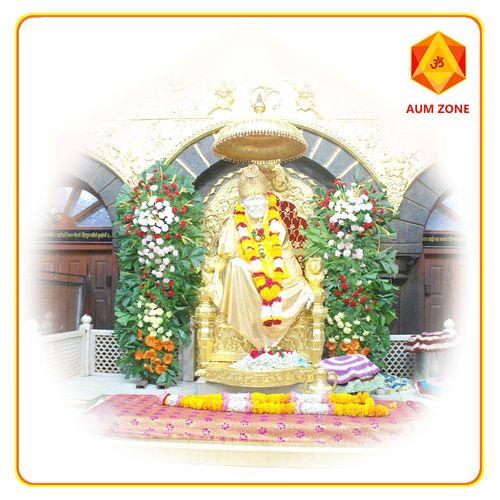 Shirdi Sai Baba Offers Puja