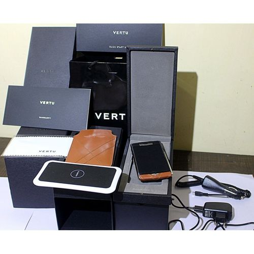 Replica Vertu Signature Touch For Bentley Mobile Phone