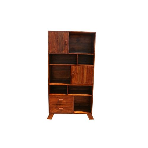 Mehigan-Book shelf