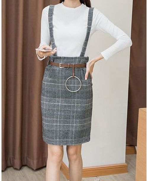 Autumn plaid wrap suspender dress with knit t shirt for Wrap style t shirts