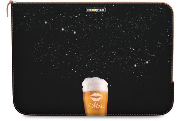 """Mrs. Beer Galaxy Real Leather Zippered Sleeve For MacBook Pro 15"""""""