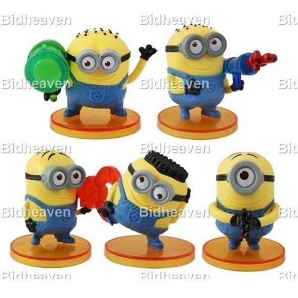 Despicable Me Minions PVC Mini Action Figure Toy SET With Base