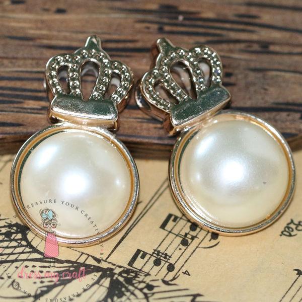 Crown Pearl