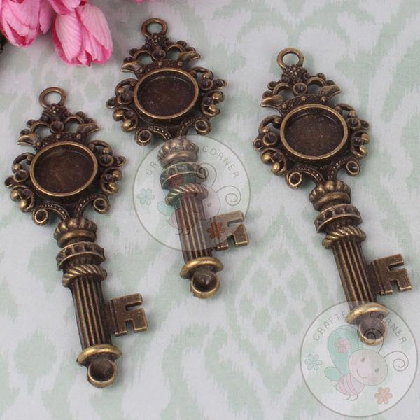 Victorian Crown Key