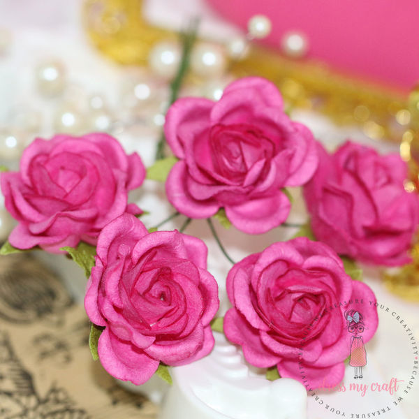 Curved Roses 35 MM - Bright Pink