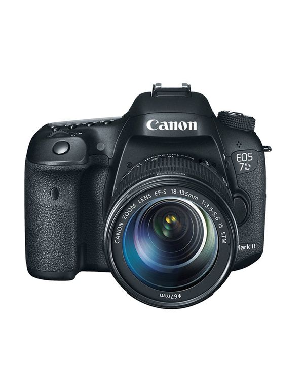 CANON EOS 7D Mark II with 18-135mm f3.5-5.6 IS STM