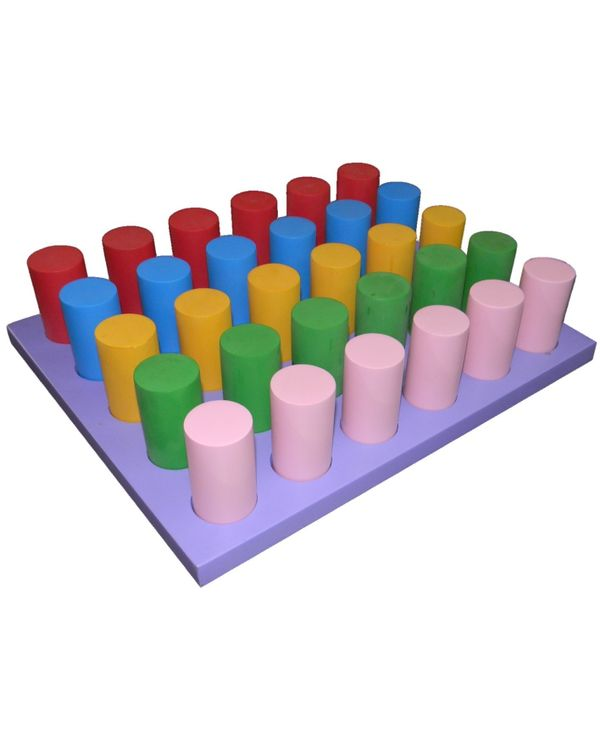 Tray with coloured cylinders same dia and ht: 30 pieces