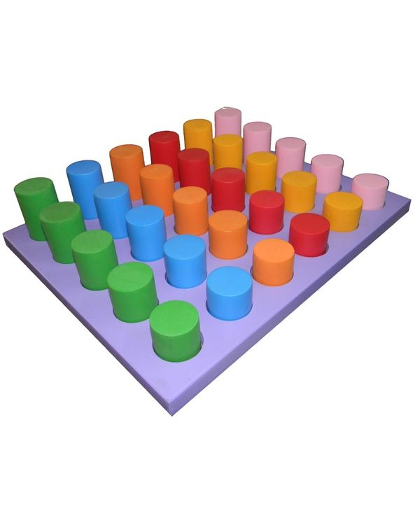 Tray with coloured cylinders same dia diff ht: 30 pieces