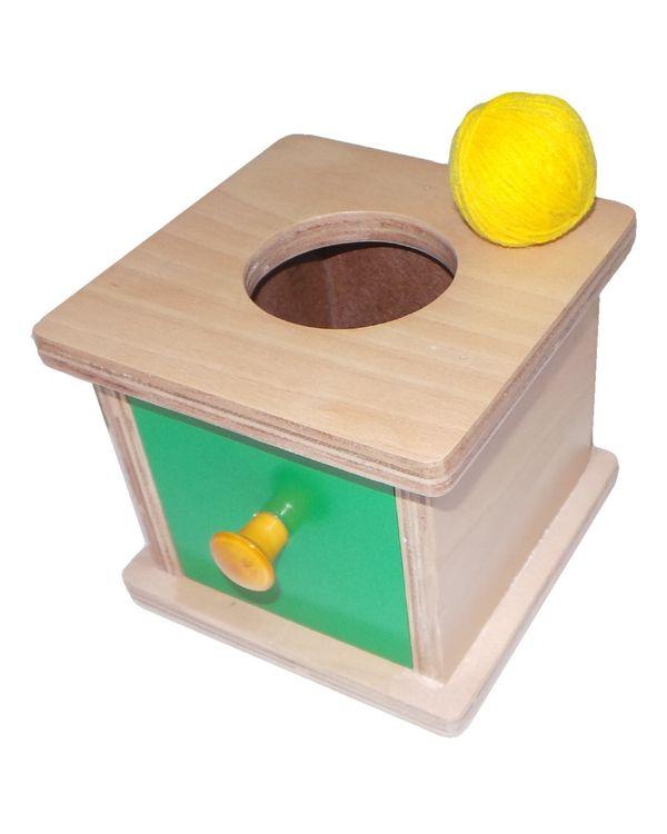 Imbucare box with knitting ball