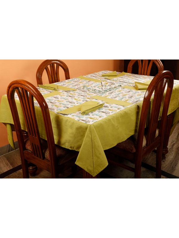 Dekor World Car Printed Green Table Cover With Place Mat & Napkin (Pack of 13)