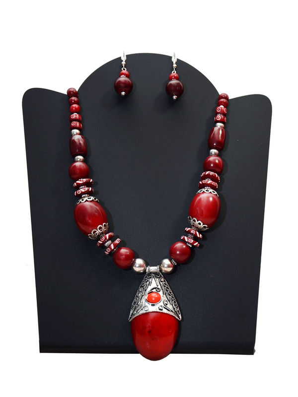 Maroon Stone Hancrafted Tribal Necklace With Earrings