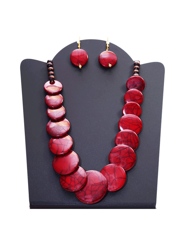 Maroon Stone Pearled Ethic Necklace With Earrings
