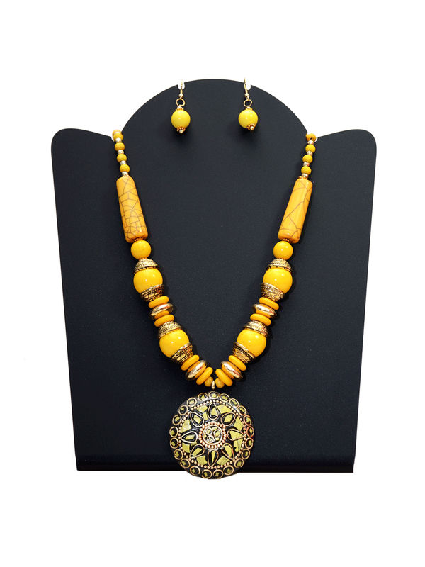 Yellow Stone Tribal Necklace Wth Earrings