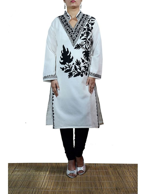 Off White Color Kashmiri Kurti With Black Embroidery Depicting Traditional Art Of Aari Work