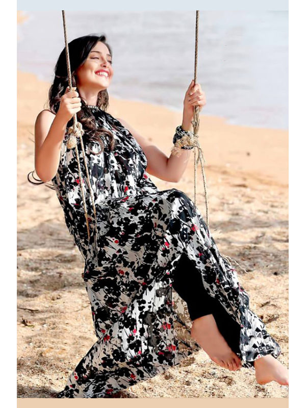 Cambric Cotton Black White Floral Printed Un-Stitched Lawn Suit With Printed Chiffon Dupatta