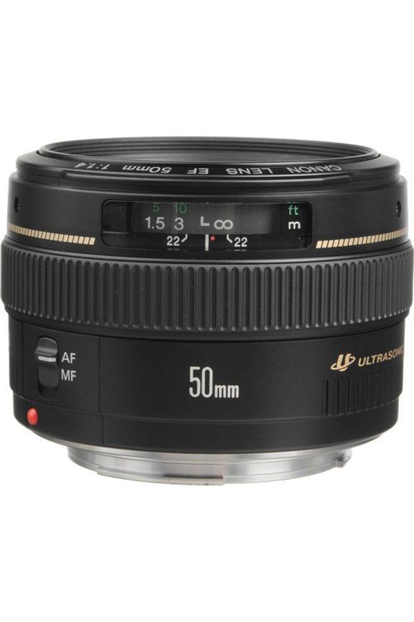Canon EF 50mm f/1.4 USM Lens (Black, Standard Lens)
