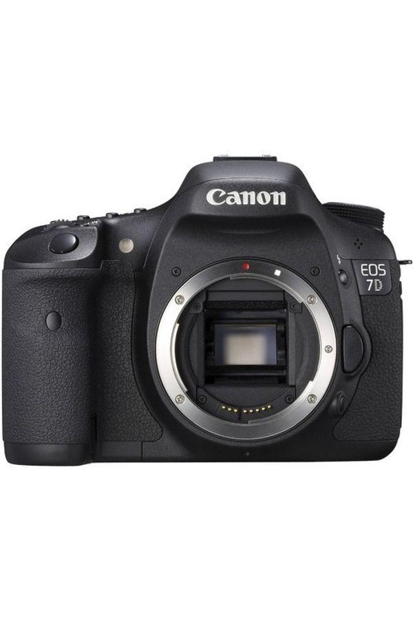 Canon EOS 7D DSLR Camera (Body Only)