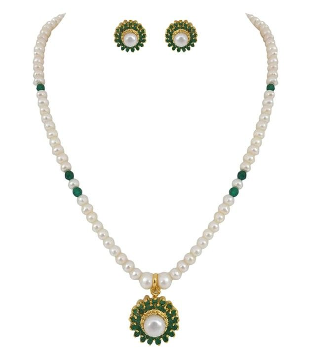 Graceful Pearl Necklace and Earring Set