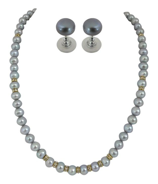 Accentuating Grey Pearls Necklace Set