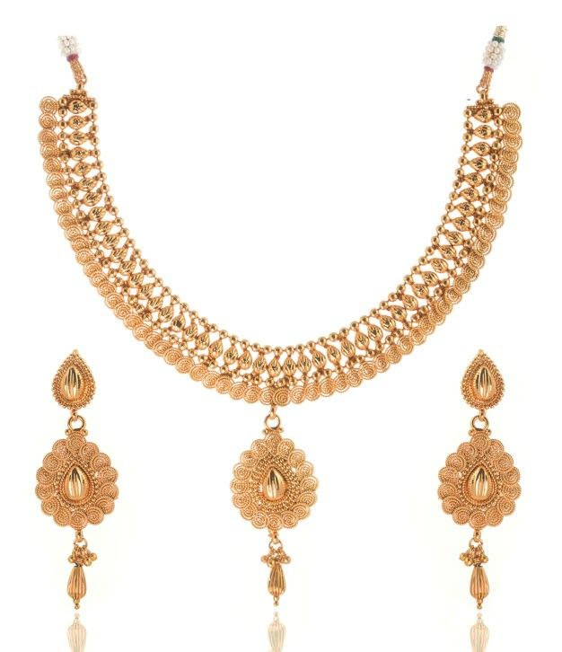 Gorgeous Golden Necklace Set