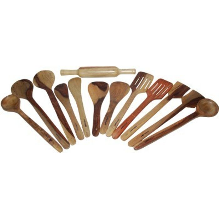 _  Onlineshoppee   2 Bouillon, 2 Strainer,Slotted,2 Butter,2 Rice,2 Scrapper (Spoons) , 1 Chapatti Roller Wooden Ladle