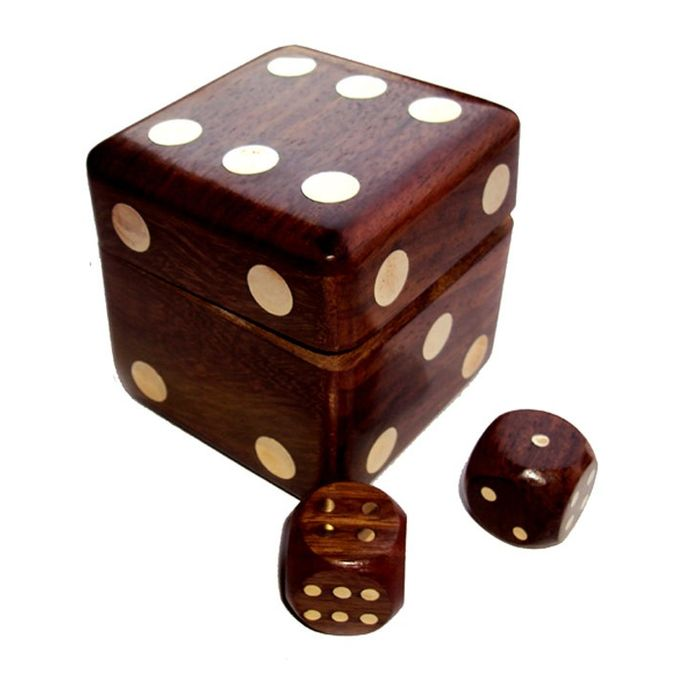 OnlineShoppee Wooden Dice Shape Dice Box With 5 Dice
