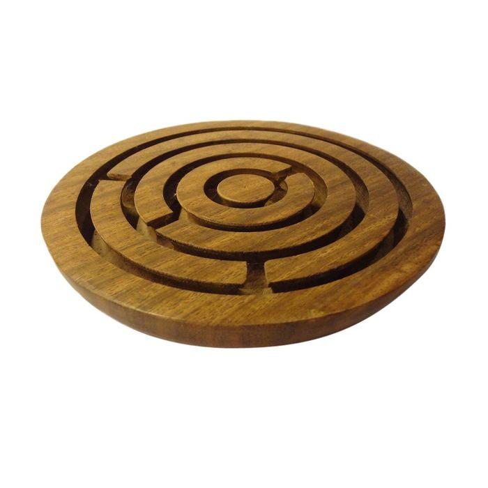 Onlineshoppee Brown Sheesham Wood Game Plate Maze