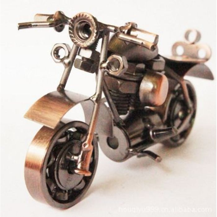 Onlineshoppee Miniature Showpiece Figurine Handmade Metal Motorcycle Size-6x2.5x4 Inch