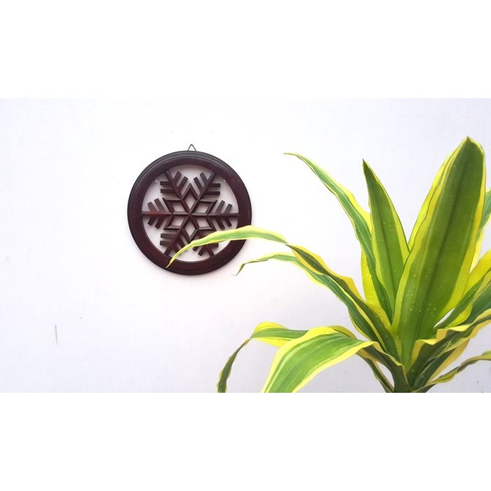 Onlineshoppee Wooden Antique Round Shaped Wall Decor Panel Size (LxBxH-28x2x28) Cm