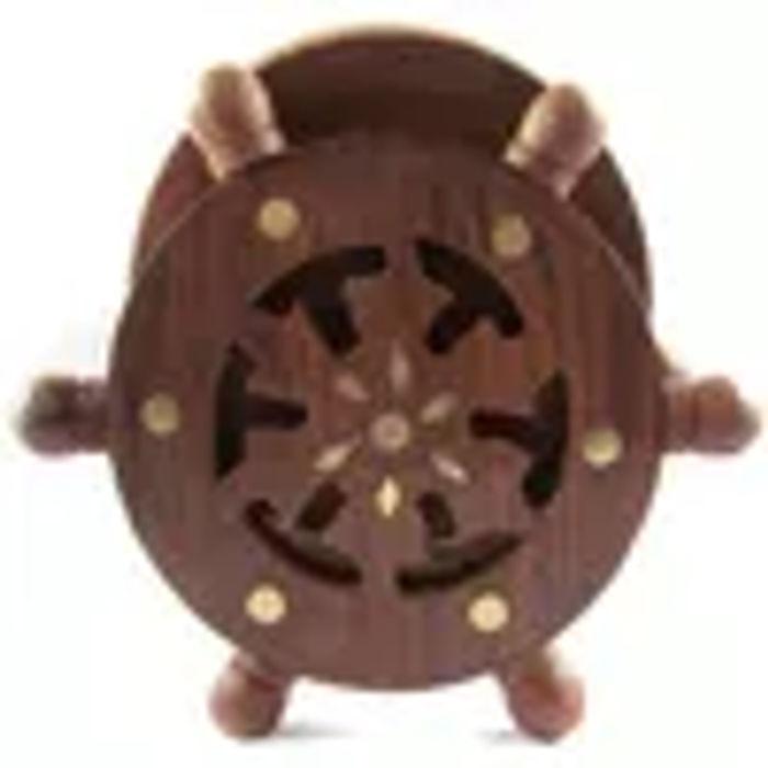 Wooden Coaster Set Designed In Ship Wheel