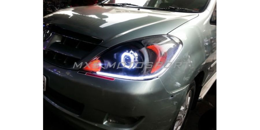 MXSHL233 Projector Headlights Toyota Innova