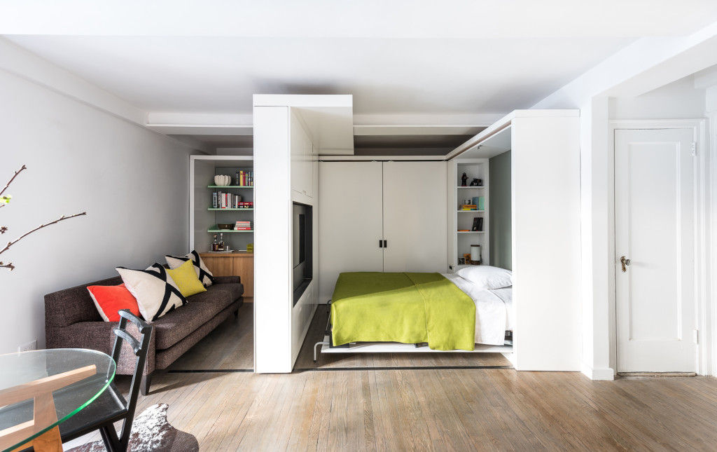 michael k chen manhattan apartment five in one 5 - This 390-square-foot Manhattan apartment has a motorized wall, that makes 的 bedroom and dressing room disappear in 的 daytime