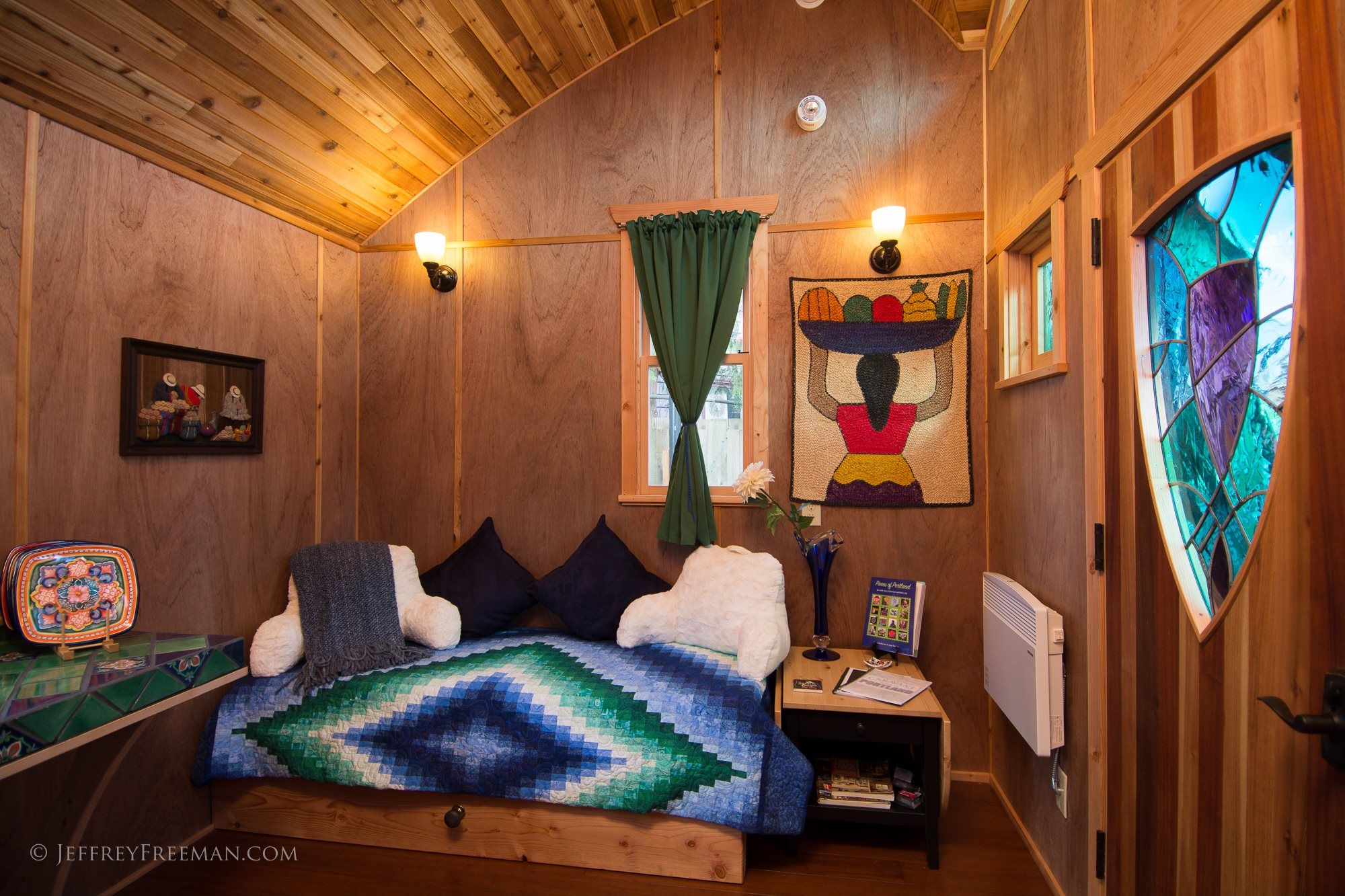 tiny house hotel pacifica 2 - The Hotel 大篷车 welcomes new wheelchair accessible tiny house
