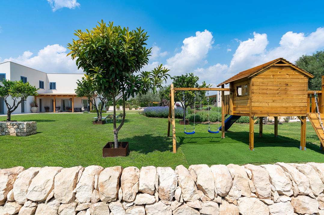 holiday villa with seaview and direct access to the beach in sicily in relaxing atmosphere for families