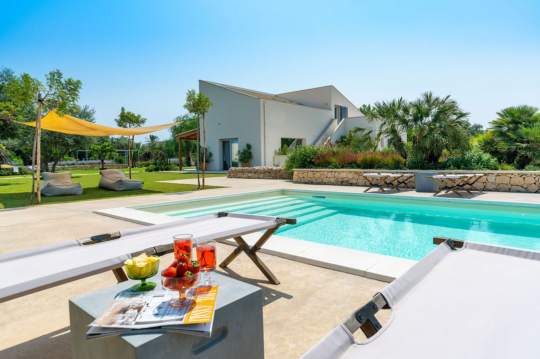 holiday villa with pool and garden in sicily in relaxing atmosphere for families